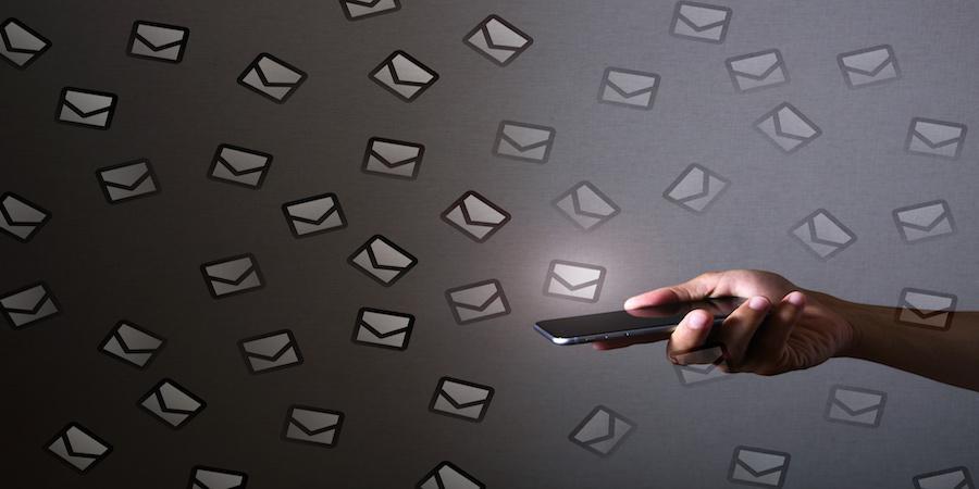 高度なメールテンプレートの使い方