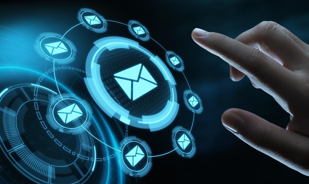 マーケティングオートメーションのメールとは|配信システムとの違い、各プロセスとの関係や注意点